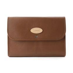 Honest Clutch Bag (Brown)