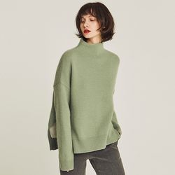 MOCK-NECK VENT ANGORA SWEATER (MINT)