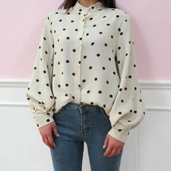 Balloon dot blouse