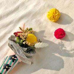 폼폼 꽃다발