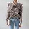 Frill ribbon blouse