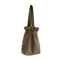 흩날리는 복주머니 shoulder bag beige