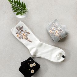 [WOMAN]FLOWER EMBROIDERY-SOCKS(4COLOR)