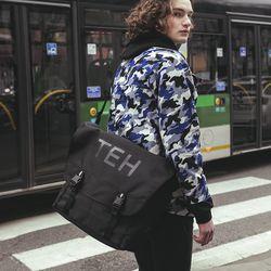 TEH MESSENGER BAG - BLACK