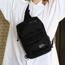 SPORTS CLUB SLING BAG (BLACK)