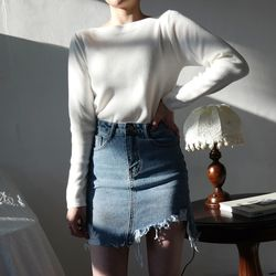 Damage cutting denim skirt