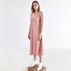 사틴 플루이드 드레스 핑크