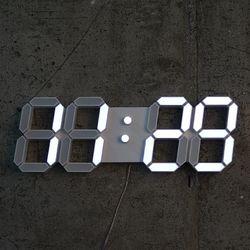 리프팀 벽걸이 LED 시계 스몰 화이트