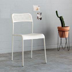 DENCH 의자