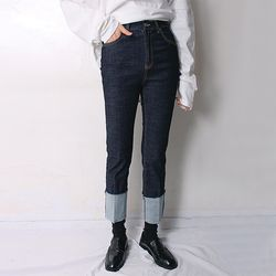 runa roll up selvedge