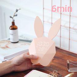 날짜 온도 소리 센서 기능이 있는 토끼 알람 시계