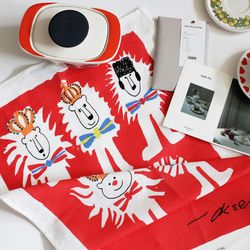 lion tea towel