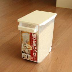 이노마타 손잡이 쌀통 5kg (바퀴)