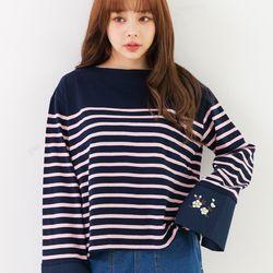 썸띵어쿠스틱 벚꽃자수 티셔츠