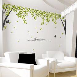 ph344-나뭇잎이흩날리는나무숲그래픽스티커