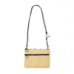마지언타이틀 스트롤백 Stroll bag (Tan)