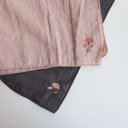 카네이션 자수손수건 - 꽃