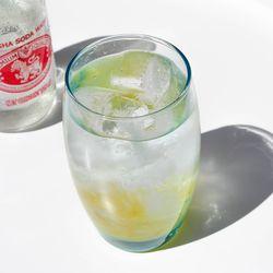블루 유리컵