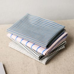 WARM BREEZE hankie - modern
