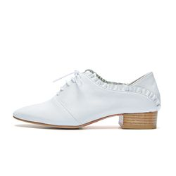 PM0007 Frill loafer white