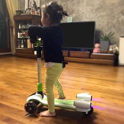 [니즈올]제트스쿠터 LED 로켓 유아 아동 킥보드