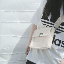 227 이이칠 SIGNATURE BAG mini [ IVORY ]