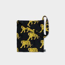 Tiger black bag