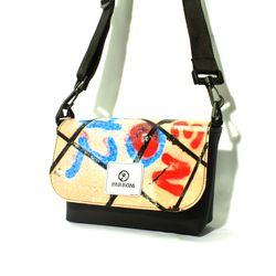 PARROM small shoulder bag (낙서)