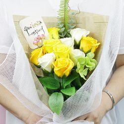 캘리그라피 비누로즈 10송이-옐로우 홀릭(전구미포함)