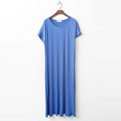 Easy Pleats Long Dress