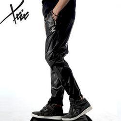 XXIX - Leather Pants - 페이크 레더 트레이닝 - 블랙