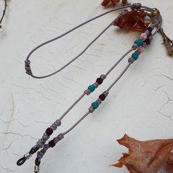 독특한 색감의 전통매듭안경줄