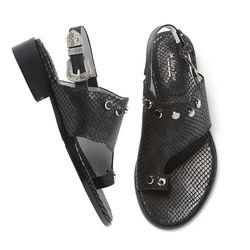 YJ0017 Stud buckle sandal black