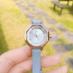 여성스러운 스카이블루 가죽시계(OTW116519APL)