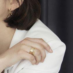 Way layered Ring