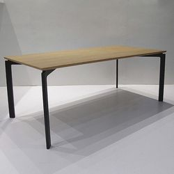 인터-6인식탁테이블