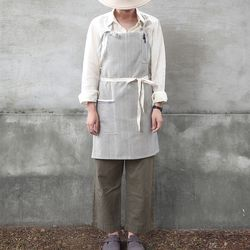 denim stripe short apron