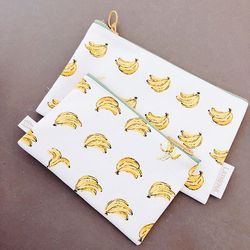 White Banana Pouch (Midium)