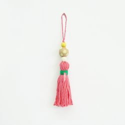 colorful wood tassel - pink