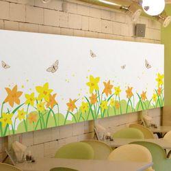cm975-나비가날아다니는봄날꽃밭불투명유리시트