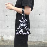 스트랩파우치 Strap pouch (FLOWER-BLACK)