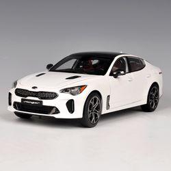 1:18 기아 스팅어 정밀 모형자동차흰색 (216MK0009W)