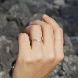 14k gold wave ring