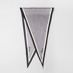 Wagon Diamond Scarf