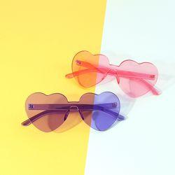 [라템] 시그니처 하트모양 선글라스 (2colors AGSL8C02BA)