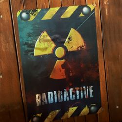 [~10/31까지] DANGER 방사능 포스터