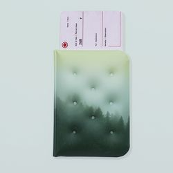 GREEN FOREST DREAMI PASSPORTCASE