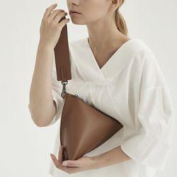 (리퍼브) Camel Triangle Bag
