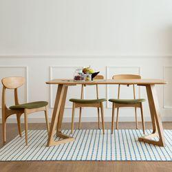 스크래치 도토리 4인 테이블 ( V형 )