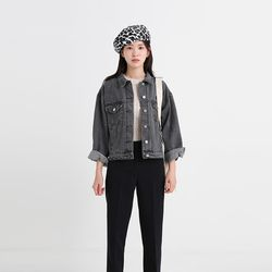 black casural short denim jacket